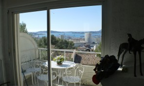 Villa T5 TOULON, type californien, 146 m², vue mer panorama
